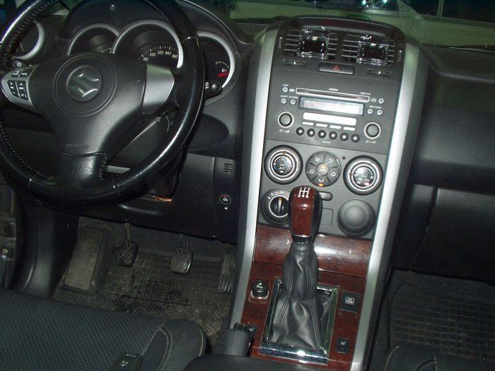 przełącznik gazu w Suzuki Grand Vitara
