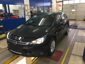Opel Astra 2016 przed instalacją gazową