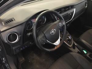 Toyota Auris przełącznik gazu