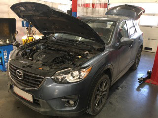 Mazda CX5 maska