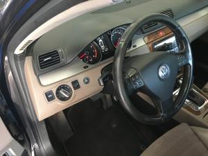 VW Passat 2006 2,0 przełącznik gazu