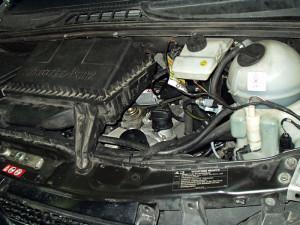 Mercedes Viano - widok na silnik po montażu LPG