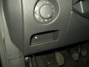Przełącznik gazu w Opel Corsa