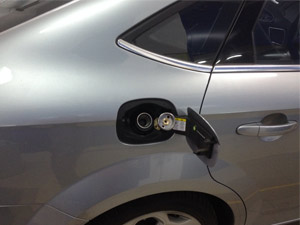 Ford-Mondeo-wlew-gazu