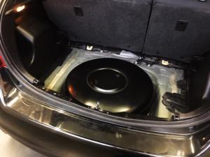 Toyota Yaris zbiornik z gazem