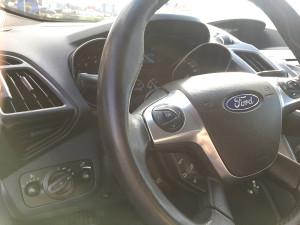 Przełącznik gazu w Fordzie C Max