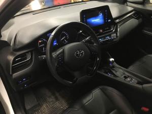 Toyota C-HR przełącznik LPG
