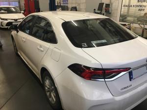 Tył samochodu Toyota Corolla E21 instalacja gazowa lpg