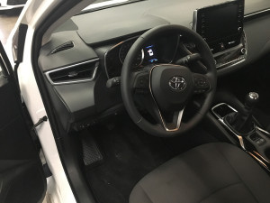 Toyota Corolla E21 przełącznik gazu