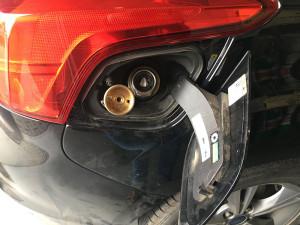 ford-focus-wlew-paliwa